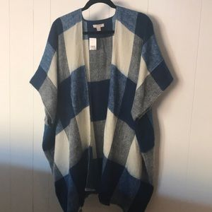 LOFT Buffalo plaid poncho
